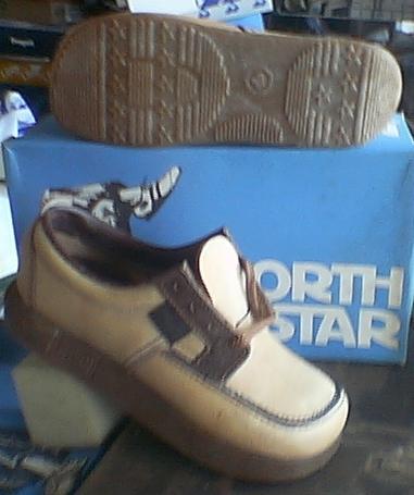 8b37e463a52d Shoe King - Earth Shoes